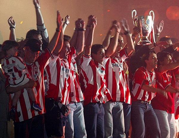 En la temporada 2002/2003, Olympiacos obtuvo el heptacampeonato con cifras impresionantes (Foto: redplanet.gr)