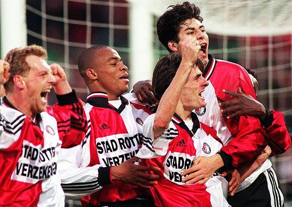 Hubo una época en que el Feyenoord aplastaba rivales. (Foto: lagaleriadelfutbol.blogspot.com)