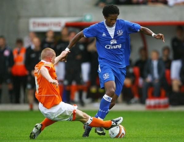Jó es una de las pocas grandes figuras de un Everton que apuesta por volver a los primeros planos (Foto: AFP)
