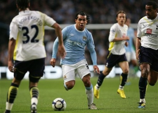 Tévez respondió con creces a la inversión que en él hizo el Manchester City (Foto: AP)