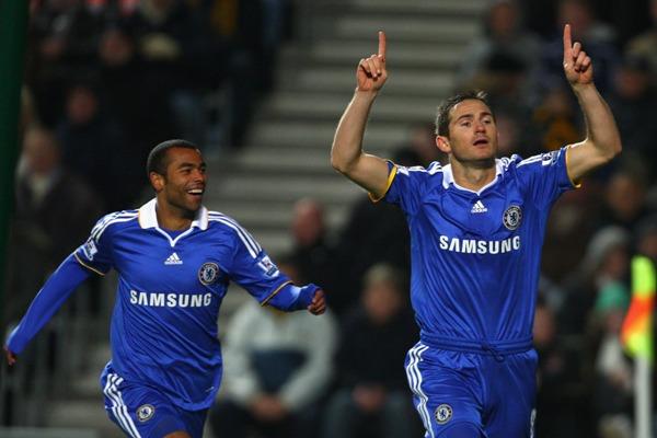 Con toda su artillería intacta, FC Chelsea es el gran candidato para quedarse con la Premier League (Foto: fanpop.com)