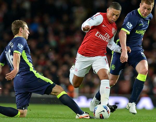 Dentro de la permanente camada de jugadores que alumbra el Arsenal, Chamberlain se convirtió esta temporada en uno de los mejores prospectos para el equipo de Arsene Wenger (Foto: AFP)