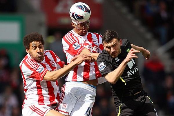 Stoke City se mantiene en la Premier League aunque sin llegar a luchar por los cupos que dan acceso a un torneo internacional (Foto: thesundaytimes.co.uk)