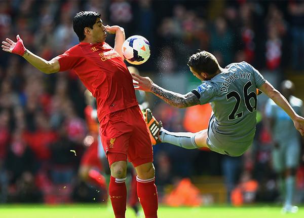 La capacidad goleadora de Luis Suárez explotó en Liverpool donde se consagró como el máximo anotador de la temporada (Foto: premierleague.com)