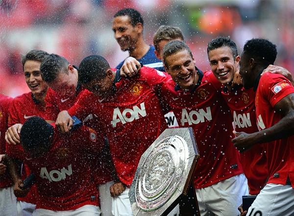 Manchester United parte con la premisa de voltear la página rápido luego del retiro de Álex Ferguson, algo que inició bien tras ganar la FA Cup ante el Wigan (Foto: AFP)
