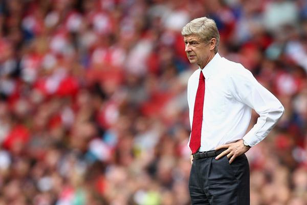 Wenger tendrá que decidir entre ser protagonista o no ante otros grandes. (Foto: AP)