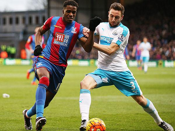 El Crystal Palace y el Newcastle son equipos con poco presupuesto, pero entretenidos. (Foto: AFP)