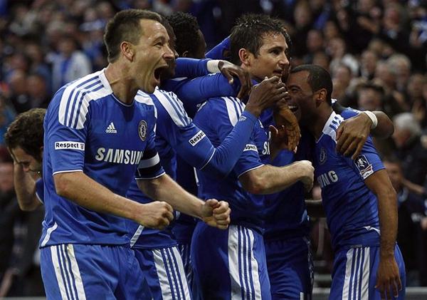 El espíritu combativo del Chelsea regresó en las últimas semanas de la mano de John Terry y Frank Lampard, líderes naturales de los blues (Foto: Reuters)