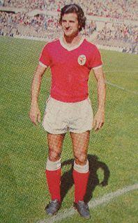 Tamagnini Nené con la camiseta del Benfica a inicios de los '80 (Foto: aycu14.webshots.com)