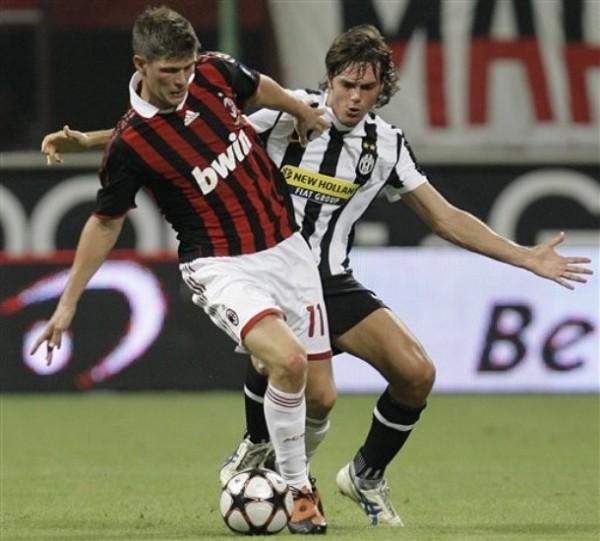 Huntelaar promete animar con su cuota goleadora los clásicos Milan - Juventus (Foto: AP)