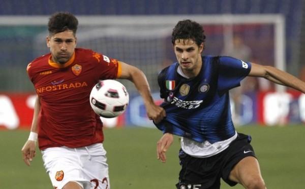 Andrea Ranocchia fue usado para tapar el vacío que dejó Walter Samuel y no defraudó en el bloque posterior del Inter (Foto: AFP)