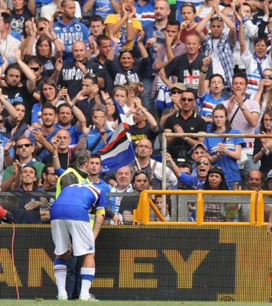 Tras quedar eliminado de la Champions, Sampdoria cayó en un hoyo del que no pudo salir. Jugará la próxima temporada en la Serie B (Foto: AFP)