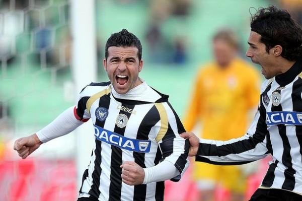 Antonio Di Natale sigue haciendo historia con la casaquilla de Udinese. En esta temporada se erigió como el máximo goleador de la temporada con 28 tantos (Foto: AFP)