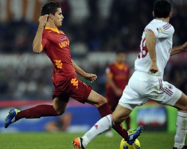 SIN RUMBO. La Roma de Luis Enrique no pudo ante el Milan y cayó en caso por 2-3. (Foto: AP )