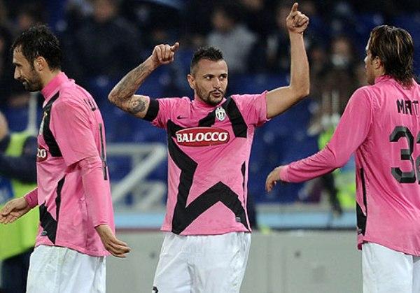 LES GUSTA LA PUNTA. La 'Juve' logró imponerse 0-1 ante la Lazio y conversó la punta de la Serie A. (Foto: AP)