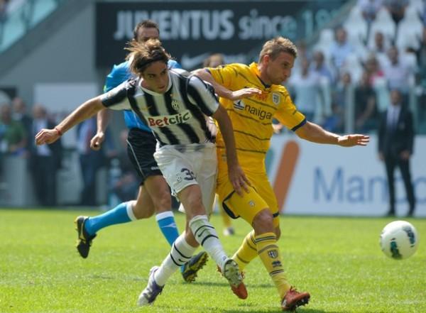 A RECORDAR VIEJOS TIEMPOS. La Juventus empezó con el pie derecho el torneo tras golear 4-1 al Parma. (Foto: AP )