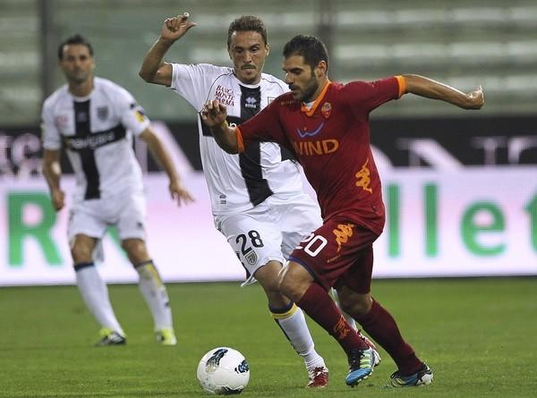 IMPERIO CONTRAATACA. Roma venció en su visita a Parma por 1-0 con un tanto en el segundo tiempo de Daniel Osvaldo. (Foto: AP )