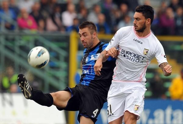 SACÓ VENTAJA. Atalanta hizo respetar la casa y logró superar por la mínima al Palermo. (Foto: AP )