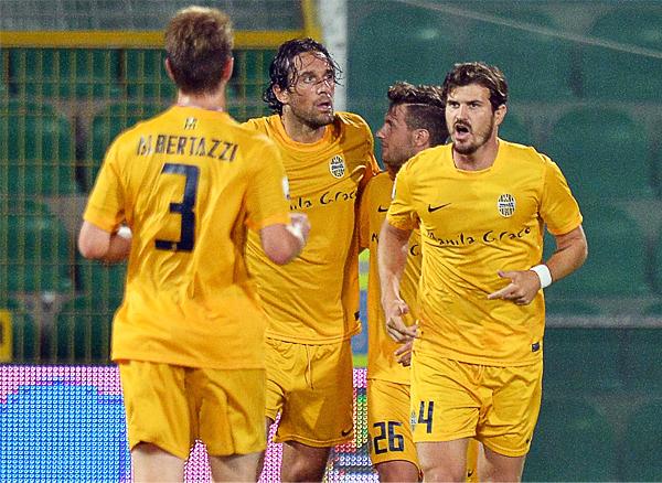 Hellas Verona cuenta con el concurso de Luca Toni que busca recuperar protagonismo en la tabla de goleadores para así mantener a salvo a su  nuevo equipo (Foto: AFP)