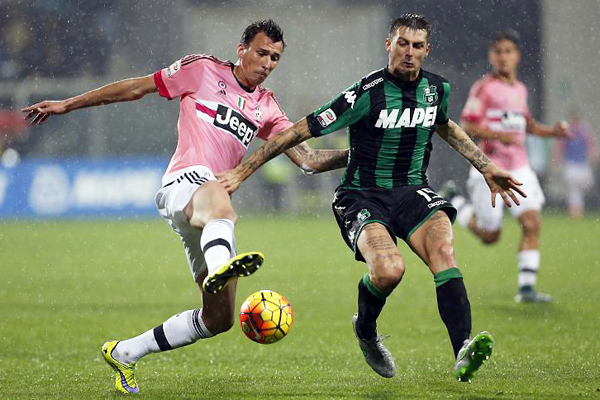 Sassuolo vence 1-0 en la fecha 10 a Juventus con tanto de Nicola Sansone. (Foto: Reuters)