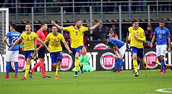 La noticia más importante del lunes 13 de noviembre estuvo en Italia: luego de 60 años, la azzurra no jugará un Mundial. (Foto: AFP)