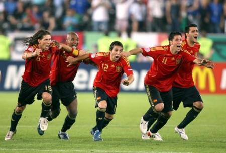 El grito de triunfo español podría ser uno en mucho tiempo si no se plasman cambios realmente estructurales en su esquema de juego (Foto: EMPICS)
