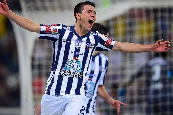 Lozano en acción con camiseta de Pachuca. (Foto: Mexsport)