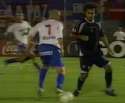 Como hace mucho no sucedía, 'Chemito' del Solar hizo un partido destacado en filas santas (Captura: Gol TV)