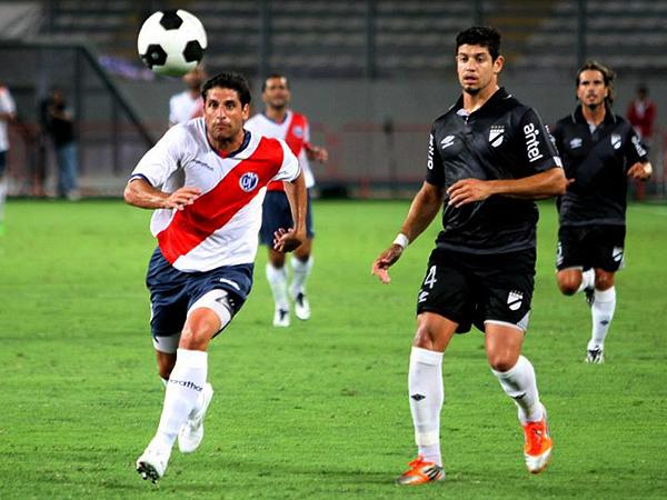 Guillermo Maidana debutó en la ofensiva de Municipal (Foto: Andina)
