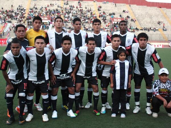 Que Alianza haya presentado reservistas en el Torneo Intermedio no es algo que desmerezca el certamen: para eso sirve. (Foto: Diario de Chimbote)