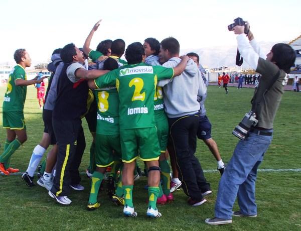 LOCURÓN. A la par de su gran campaña en segunda división, Sport Ancash logró clasificar a la final del torneo intermedio. Para no parar de festejar. (Foto: Diario Primicia de Huancayo)
