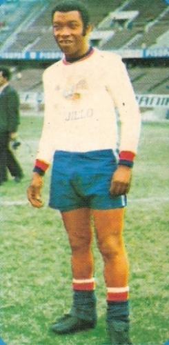 Moacyr Pinto, un ex campeón mundial que se hizo técnico mientras jugaba en el Perú (Foto: álbum Descentralizado 1974, Editorial Navarrete)
