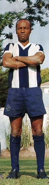 'Pitín' Zegarra, uno de esos jugadores a los que el apodo le ganó al apellido en el recuerdo popular (Recorte: revista Once)