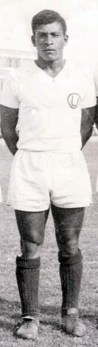 Héctor Chumpitaz trascendió los colores que vistió para convertirse en el gran capitán del fútbol peruano (Foto: Facebook)