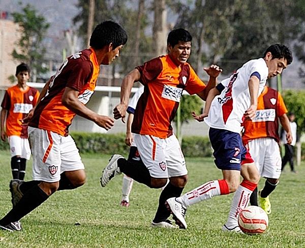 Los clubes de la Segunda participan en la Copa Federación para darle actividad a sus divisiones juveniles. (Foto: Julio Cárdenas Sagástegui)