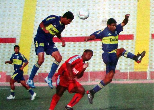 Un gol de Kamahara le permitió a Corazón Micaelino derrotar a Boca Juniors en Chiclayo. (Recorte: diario El Tiempo)