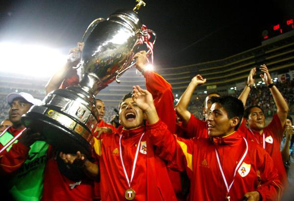 Sport Huancayo y su primera gran conquista: la Copa Perú 2008. (Foto: archivo DeChalaca.com)