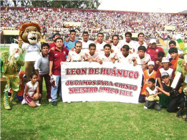 CANDIDATA 4. León de Huánuco gozó con el respaldo de toda una afición y, tras el 2-0, ya sueña con la gran final (Foto: diario Hoy Regional)