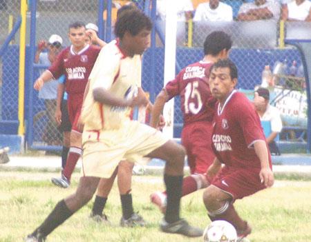Sporting Pizarro y Deportivo Pacífico, un clásico barrial que se consolidó en la década de los ochenta (Foto: diario Correo de Tumbes)