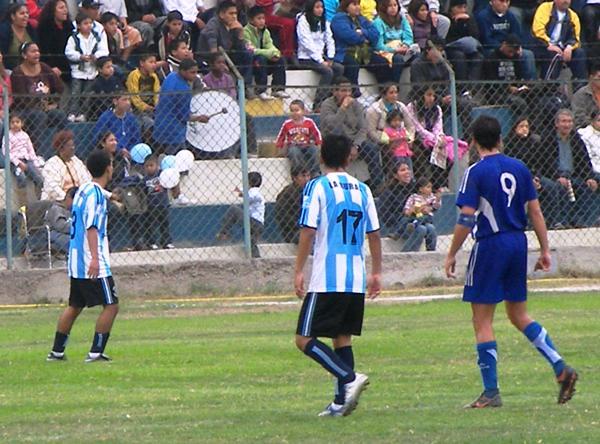 INTERLIGAS. El olfato goleador del '9', Miguel Pérez Reyes, fue determinante para la obtención del título (Foto: Abelardo Delgado / DeChalaca.com)