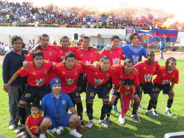 ILUSIÓN COPERA. Juventud Barranco presentó la siguiente oncena en un encuentro que terminó por clasificarlo a la Etapa Nacional. (Foto: Radio Líder Chancay)