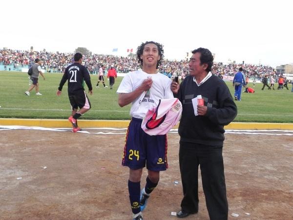 Uno de los goles más recordados de Sheu Obregón ocurrió en la Etapa Regional 2010: con camiseta de Juventud Barranco, marca el tanto del triunfo sobre Nuevo Callao y asegura la clasificación a la Etapa Nacional. (Foto: archivo DeChalaca.com)