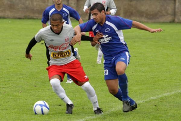 DERROTA EN LA VIDENA. En su último cotejo amistoso, La Peña Sporting sucumbió 1-2 frente a la Sub-20 de la selección nacional (Foto: Prensa FPF)