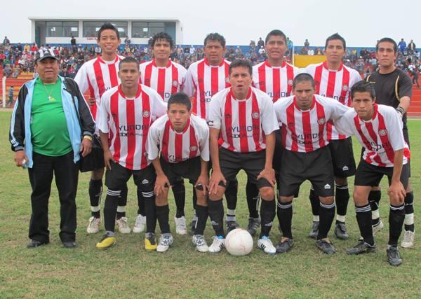 DURO ESCOLLO. En Chancay, Unión Huaral cosechó un nuevo título provincial y, ahora, deberá centrarse en su próximo rival de la Etapa Departamental: DIM de Miraflores. (Foto: Radio Líder Chancay)
