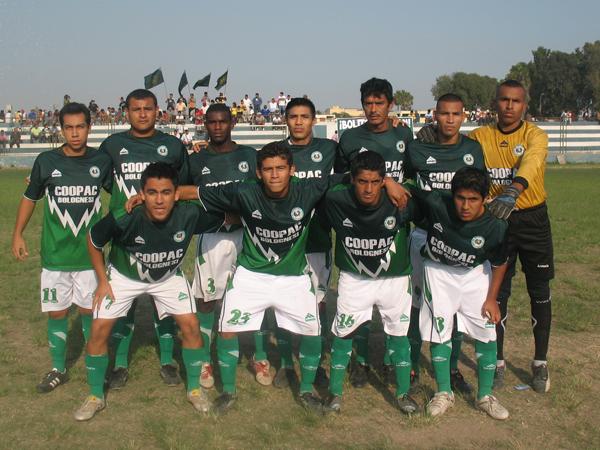 COOPERATIVA BOLOGNESI. Campeón de la Liga Distrital de Barranco. (Foto: José Salcedo / DeChalaca.com)