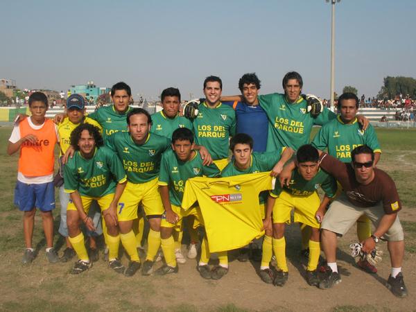 LOS DEL PARQUE. Subcampeón de la Liga Distrital de Barranco. (Foto: José Salcedo / DeChalaca.com)