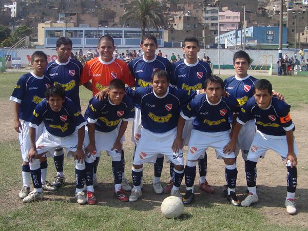 ATLÉTICO TOTORITA. Subcampeón de la Liga Distrital del Rímac. (Foto: Paul Arrese / DeChalaca.com)