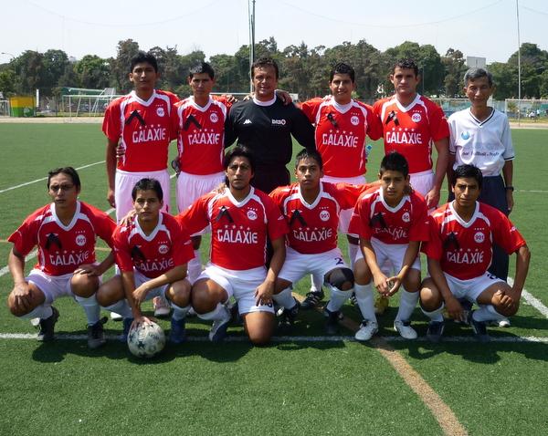 GALAXIE 901. Subcampeón de la Liga Distrital de Jesús María. (Foto: Mario Azabache / DeChalaca.com)