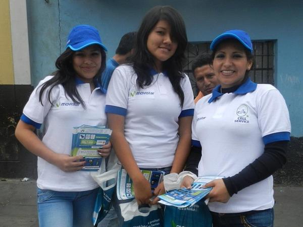 Amigas de una empresa de telefonía no dudaron en posar para el lente. (Foto: Aldo Ramírez / DeChalaca.com, enviado especial a Cajamarca)