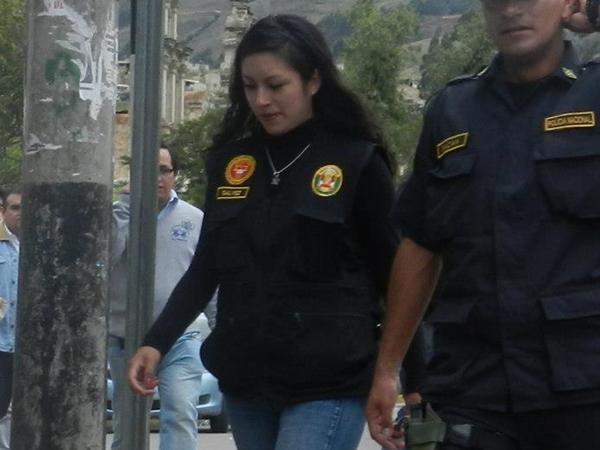 Impone respeto e irradia belleza. Dentro de los efectivos, una gran representante de la mujer peruana. (Foto: Aldo Ramírez / DeChalaca.com, enviado especial a Cajamarca)